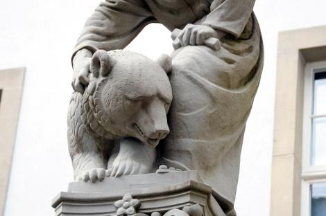 gallusbrunnen-hmsg-stgallen-32239252