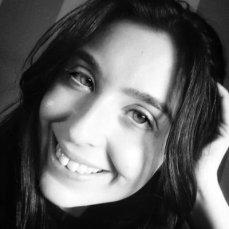 Iris Rodríguez Alcaide (El coloquio de los perros)